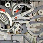 La cancellata bronzea del Teatro Regio, scultura di Umberto Mastroianni (particolare)